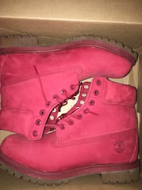 RED TIMBERLAND BOOTS IN BOX - NEVER WORN // SZ. 10 Brampton, L6V 2X5