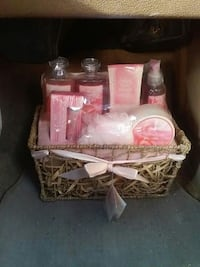 PEONY AND ROSE GIFT SET