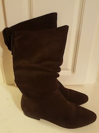 Boots Ladies Size 8.5M  Chocolate Brown Terry, 39170