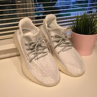 Yeezy Boost 350 V2 Static Reflective Men Size 9.5 Comes Shoes Only Falls Church, 22042
