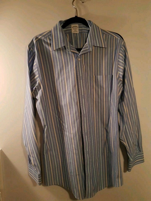 Brooks Brothers social shirt size 16-34 slim fit