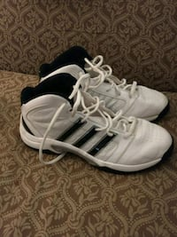 Adidas basketball shoes West Des Moines, 50266