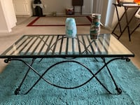 Beautiful glass top table. Very classy Fresno, 93720