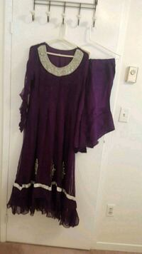 purple and white scoop neck sleeveless dress Oakville, L6M 3E9