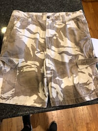 brown and white camouflage cargo shorts Chicago, 60655