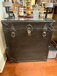 Antique trunk table