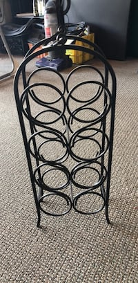 8 bottle wine Rack Reno, 89503