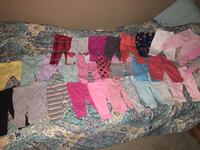 Baby's assorted color onesies and leggings Phenix City, 36867