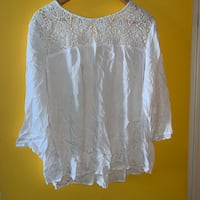 OLD NAVY WHITE CROTCHET BLOUSE