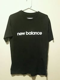 New Balance large T St. Catharines, L2R 3M2