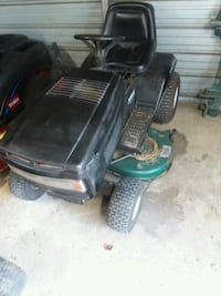 black and green ride-on mower Silver Springs, 34488