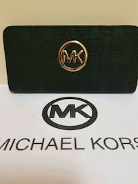 Michael  Kors  wallet  Whitby, L1N 8X2