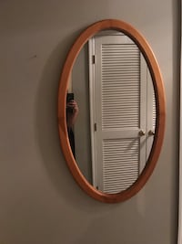 Oval wood mirror Woodbridge, 22193