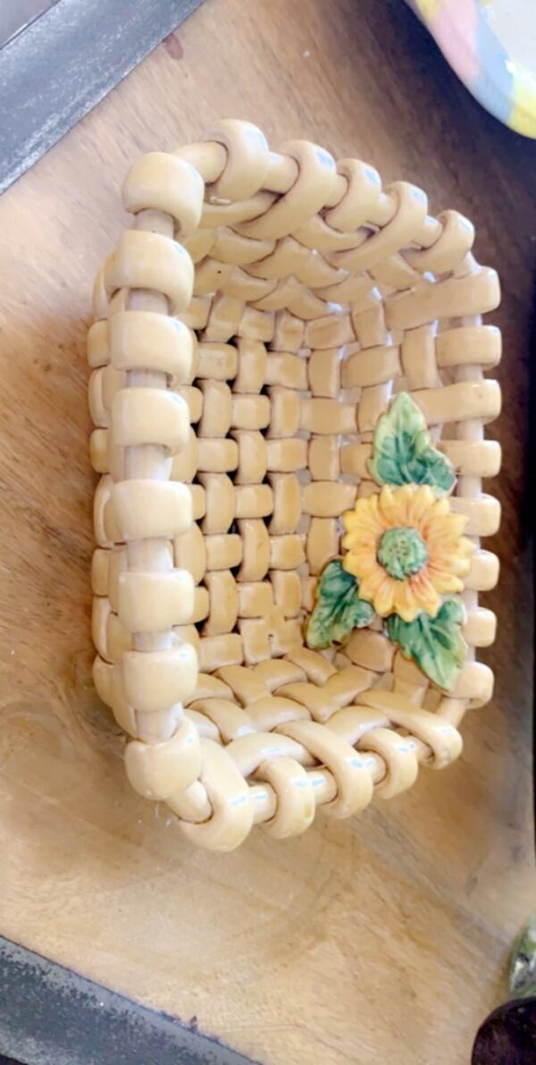 Ceramic basket  0
