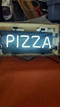 PIZZA LED signage