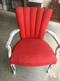 Extremely Cool Retro Razorback Red Scalloped Back Chair Rogers, 72758