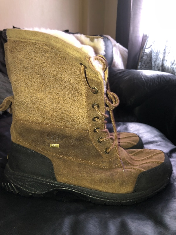 4f8933b2333 Brown Leather men's Ugg Boots Size 10.5 no trade/no shpping meet up in  Manhattan thanks
