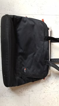 Lowepro laptop bag Montréal, H3K 3C4