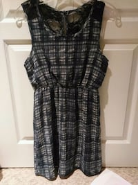 women's sleeveless dress-small 3723 km