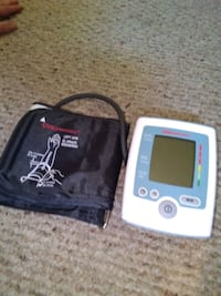 CVS Auto blood pressure monitor