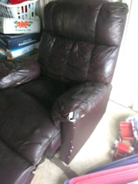 Burgundy Leather Recliner chair Montgomery, 36116