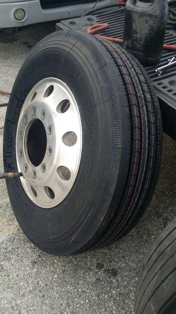 Semi Truck Tires Near Me >> Used Semi Truck Tires For Sale For Sale In Wilmington Letgo