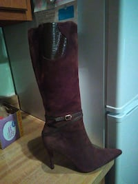 pair of brown leather boots never worn Derry, 03038