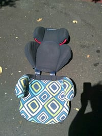 baby's gray and black car seat Federal Way, 98003