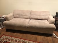 white leather 2-seat sofa Leesburg, 20175