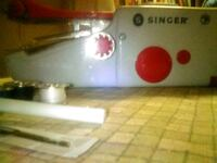 NEW Battery Operated 'SINGER'