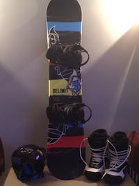 Boys snowboarding bundle London, N5V 1N4
