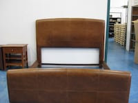 Leather Headboard King Size Bed with corner table  Pointe-Claire, H9R 5C7