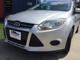 *ONE OWNER/CLEAN CARFAX* 2013 Ford Focus SE Hatchback -- GUARANTEED CREDIT APPROVAL