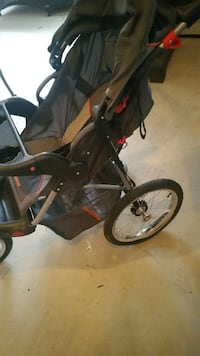 black and gray jogging stroller Falls Church, 22041