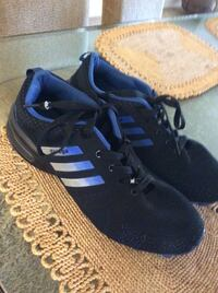 pair of black-and-blue Adidas sneakers Irvine, 92620