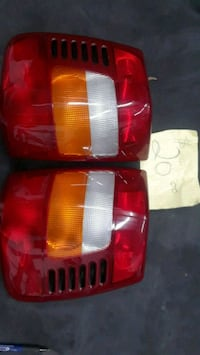 Jeep Cherokee back tail light $20 Chicago, 60639