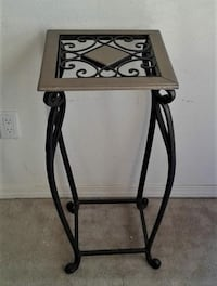 Plant Stand 28""
