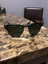 RayBans Clubmasters Black and Gold Saint Petersburg, 33702