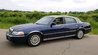 Lincoln - Town Car - 2004 Genoa City