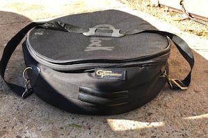 Padded snare drum case by Groove Percussion