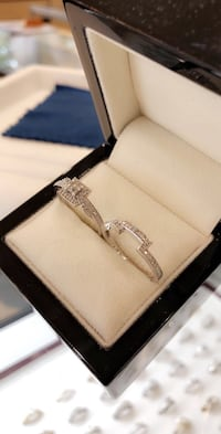 Bridal set size 8 1/3 CT 10k White Gold Jacksonville, 28540