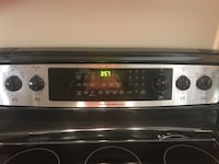 Frigidaire gallery series electric oven Spruce Grove, T7X