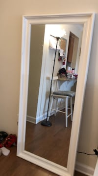 White mirror for Sale CAPITOLHEIGHTS