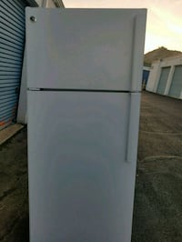 Refrigerator ge with 28 inches  new Temple Hills, 20748