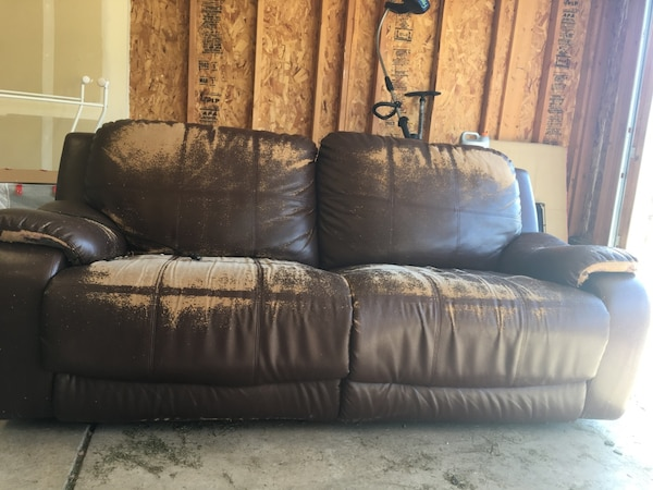 Used Bonded Leather Motorized Reclining Couch And Chair