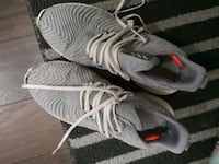 Adidas running shoes Mississauga, L5L 2W7