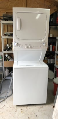 white stackable washer and dryer Arlington, 22201