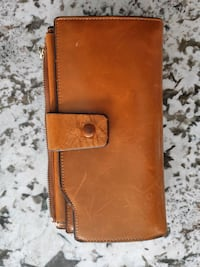Leather wallet Cambridge, N3H 2S5