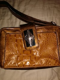Madi Claire Croc Embossed leather purse Oxon Hill, 20745