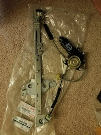 92 - 96 Original Camry Passenger Window Regulator Reston